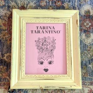 Tarina Tarantino promotional cardboard printout